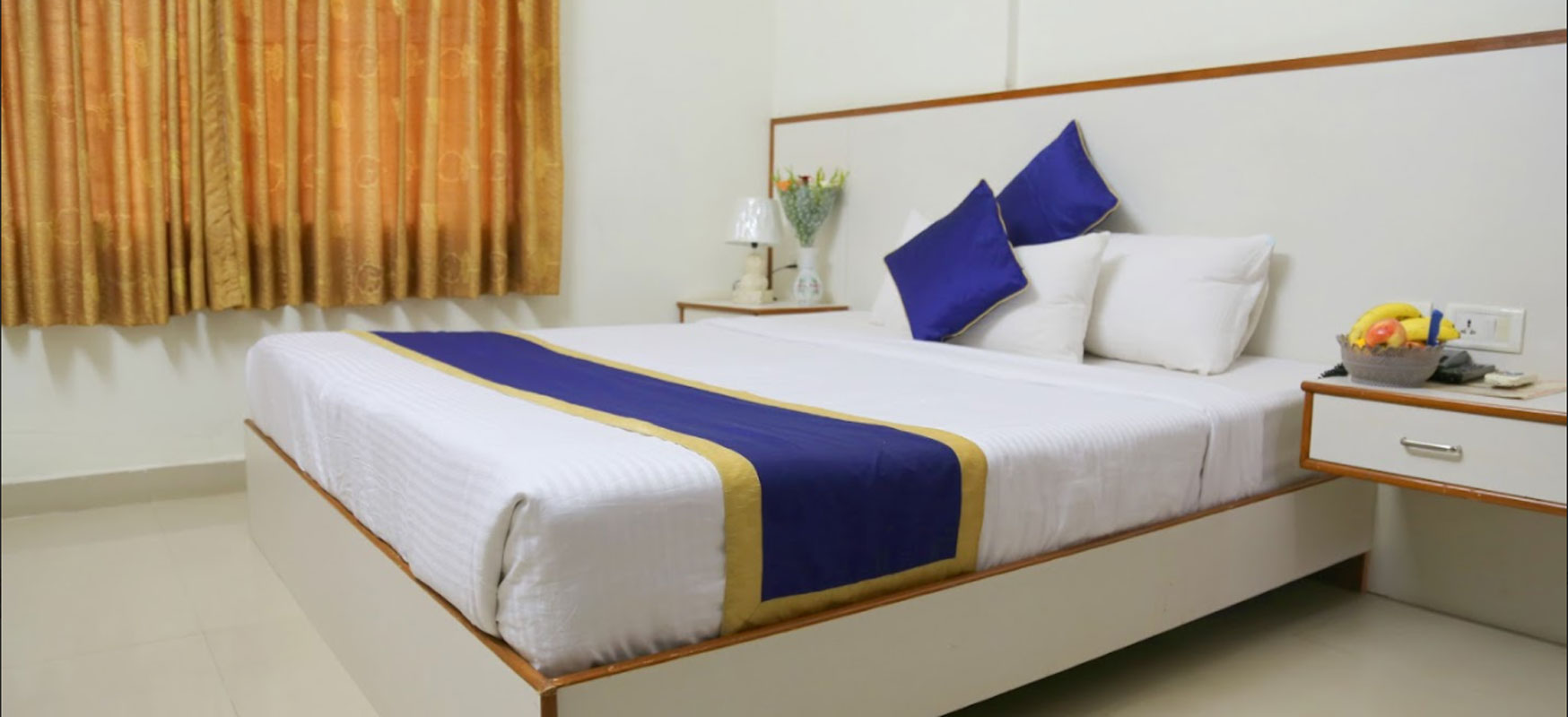 Hotel near bangalore airport | Airport Gateway is well known hotel near kempegowda international airport successfully serving people for past 10 years.