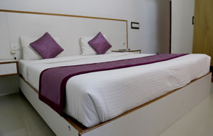 Affordable Hotels near bangalore airport | Airport Gateway is well known hotel near kempegowda international airport successfully serving people for past 10 years.